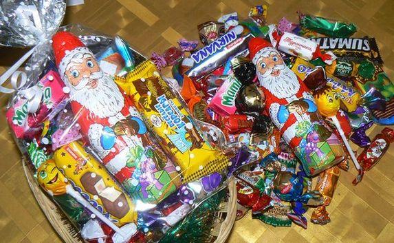 Конфеты для детей на новый год